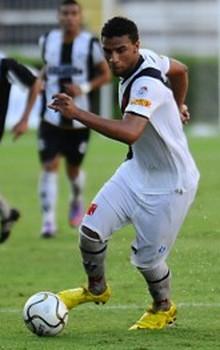 http://www.netvasco.com.br/futebol/jogadores/235-nilson-2.jpg