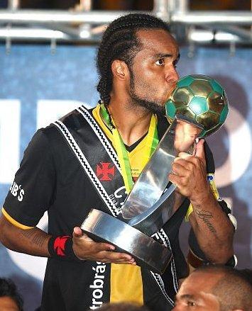 http://www.netvasco.com.br/news/noticias15/arquivos/images/20091121/35-20091121-carlosalberto.jpg