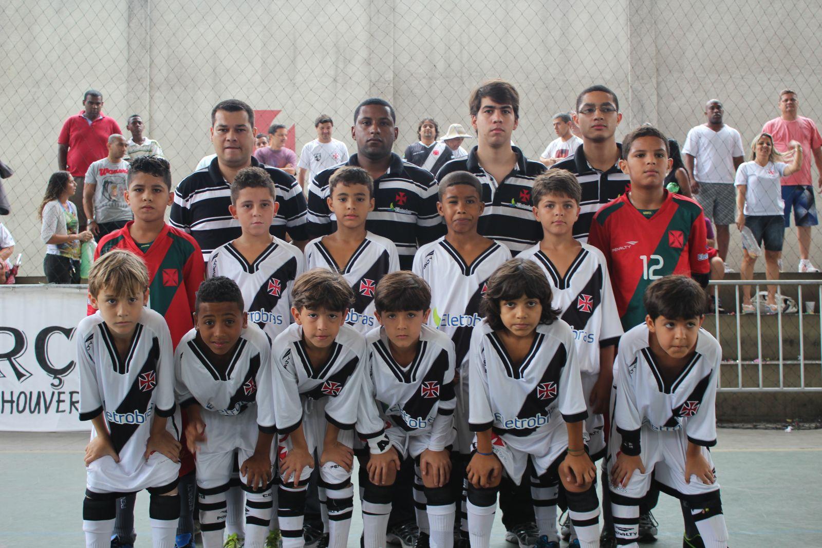 Futsal Base Jogadores Prestigiam Goleada Do Sub 9 Do