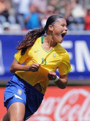 http://www.netvasco.com.br/news/noticias16/arquivos/20130226pamela.jpg