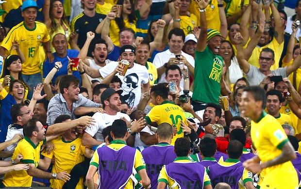 Veja vibração do vascaíno André com o gol do amigo Neymar pela ... 9f648668d5857