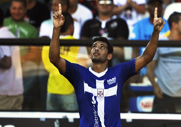 dd1edd1fe0 Saiba quem fez o  gol inaugural  das últimas camisas alternativas do ...