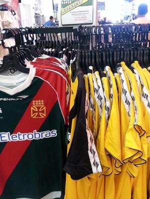 Camisa de goleiro é item de baixa procura nas lojas do Vasco - NETVASCO 13ef267da1218