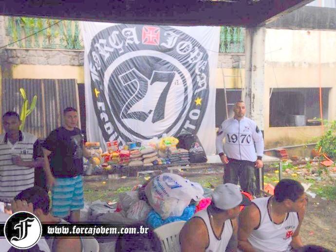 f6912eb749 Força Jovem 27ª Família arrecadou mantimentos para vítimas das ...