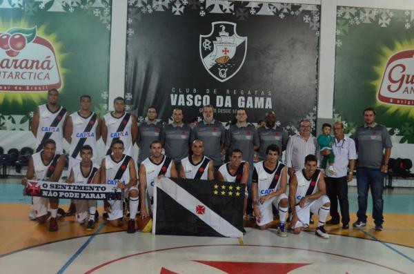 Time adulto de basquete do Vasco