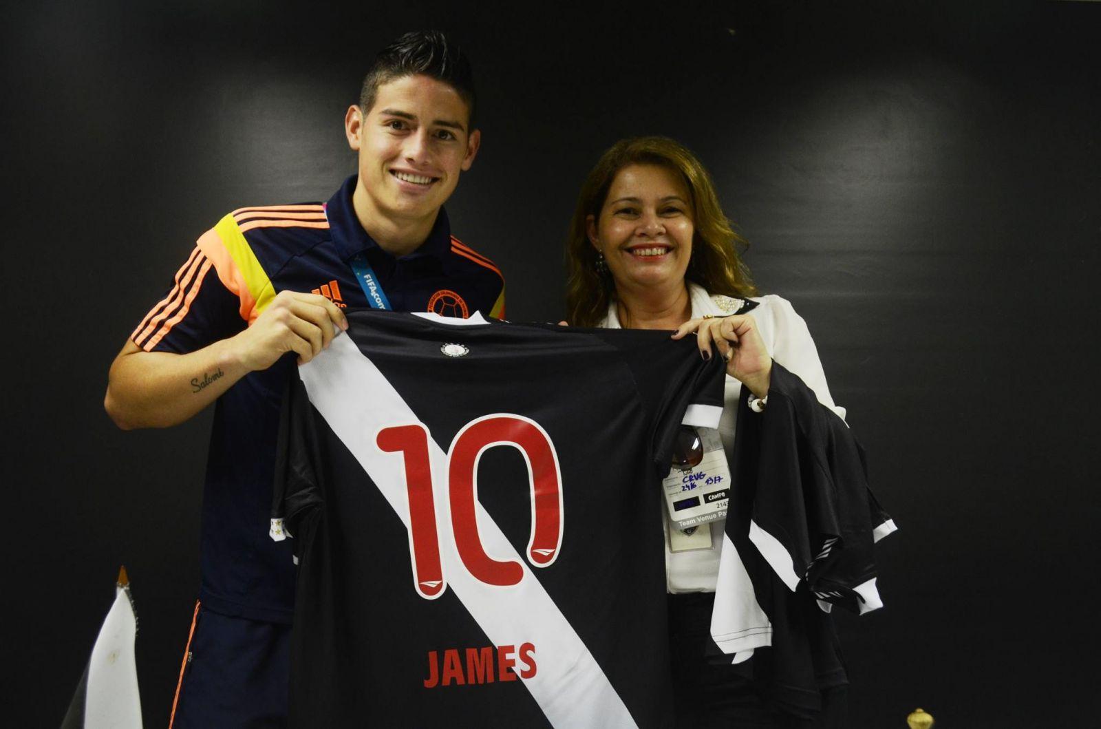 6c8f81d5c12b3 Destaque da Colômbia e autor dos 2 gols da vitória contra o Uruguai ...