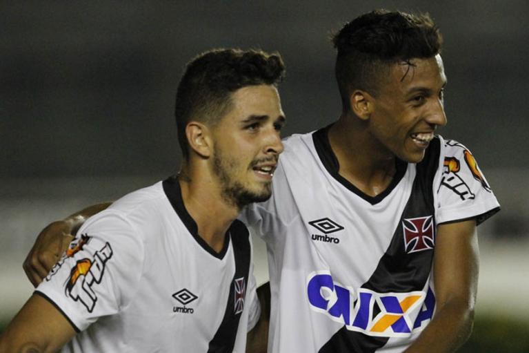 Juniores  Vasco vence Barra Mansa por 3 a 0 em São Januário - NETVASCO 0643cd2f1e0b2