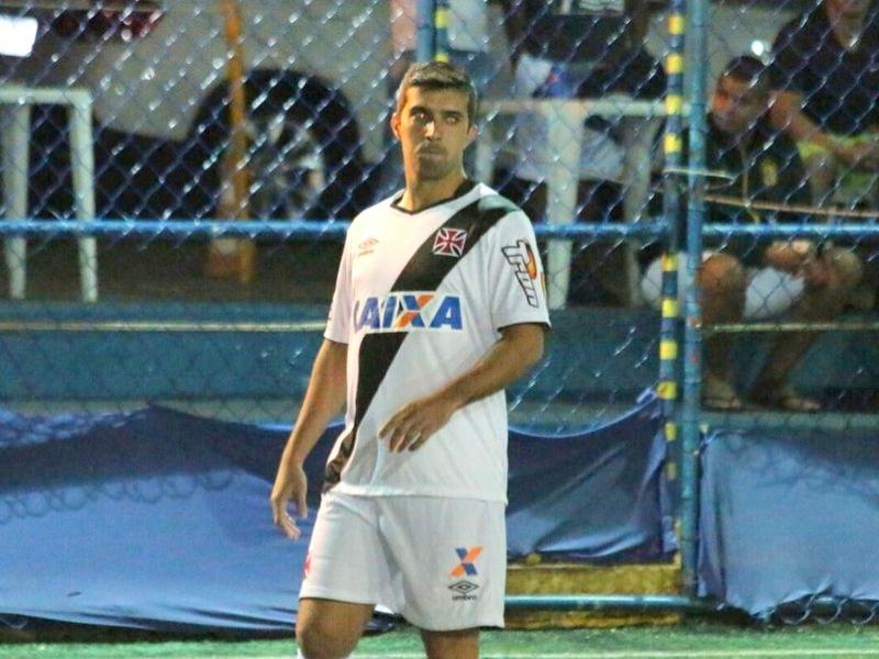 Kadu marcou seu primeiro gol com a camisa do Vasco da Gama d04a2cdac354a