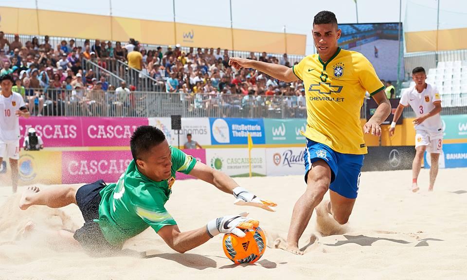Beach Soccer  Vascaíno Lucão concorre ao prêmio de  Gol do Ano  mundial   saiba como votar 081091befbc51