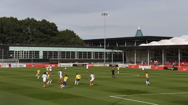 Brasil e Inglaterra voltam a se enfrentar no domingo. A partida está  marcada para as 14h30 (10h30 de Brasília). a3ea6ee0c001a