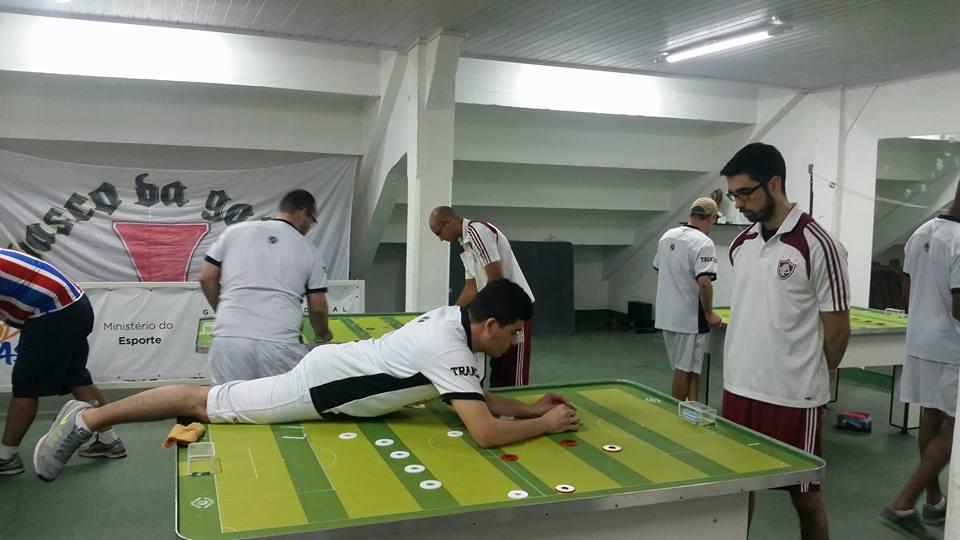 Vasco começa mal e perde primeiro quarto. Vasco 3x9 Friburguense - 12  Toques. f2a3bcfaf0248