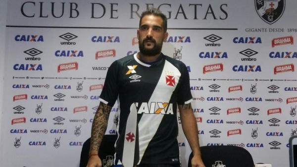 Resultado de imagem para Escudero é apresentado e elogia elenco do Vasco: 'Muito técnico'