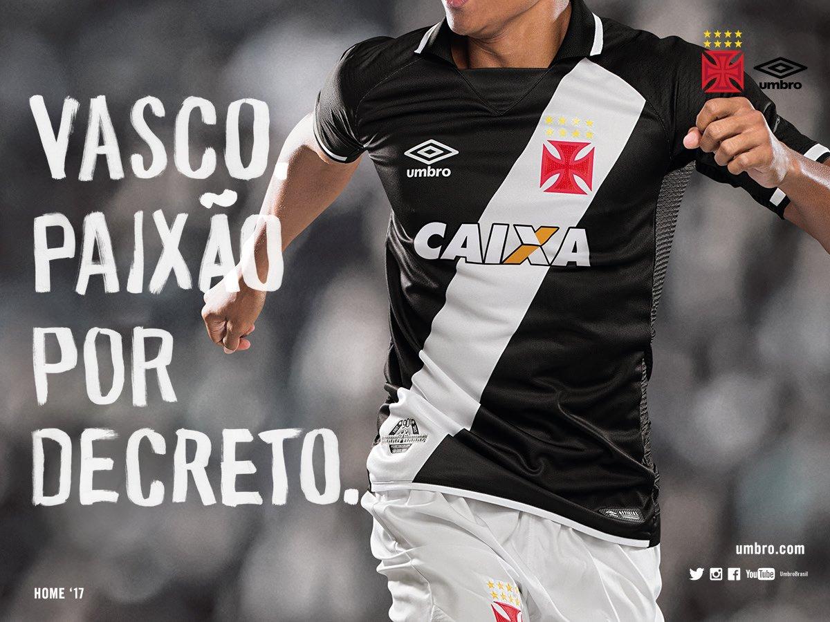 4eeec0b9fa7d7 Vasco apresenta oficialmente suas novas camisas 1 e 2  veja fotos ...