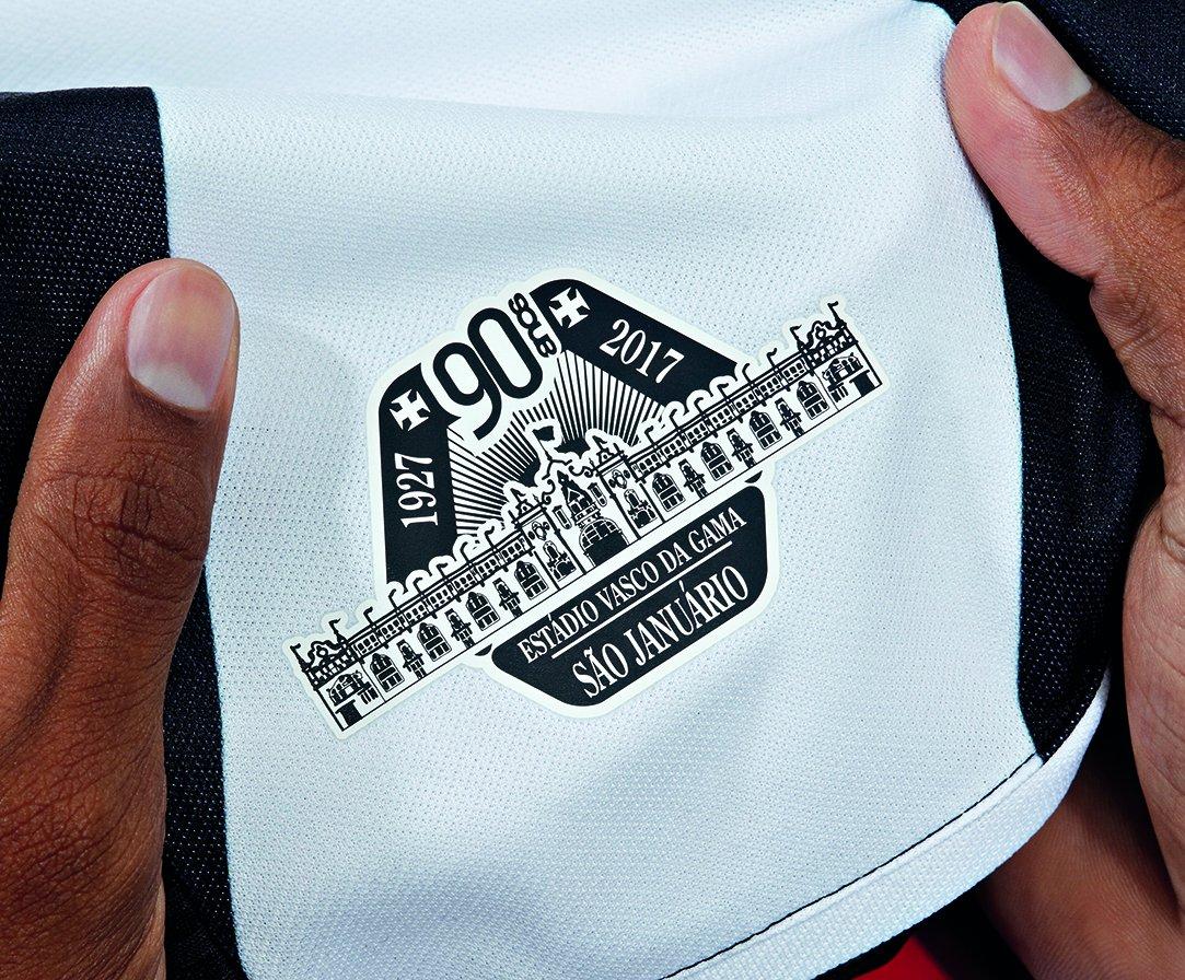 acef6198b0e21 Vasco da Gama  vascodagama. Veja todos os detalhes da nossa nova camisa 1!   VascoeUmbro  SãoJanuário90Anos