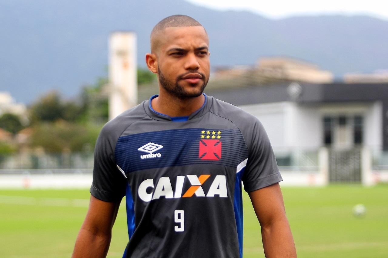 a823372c9e Vasco News - Vasco Minha Vida  Vasco oficializa a contratação do ...