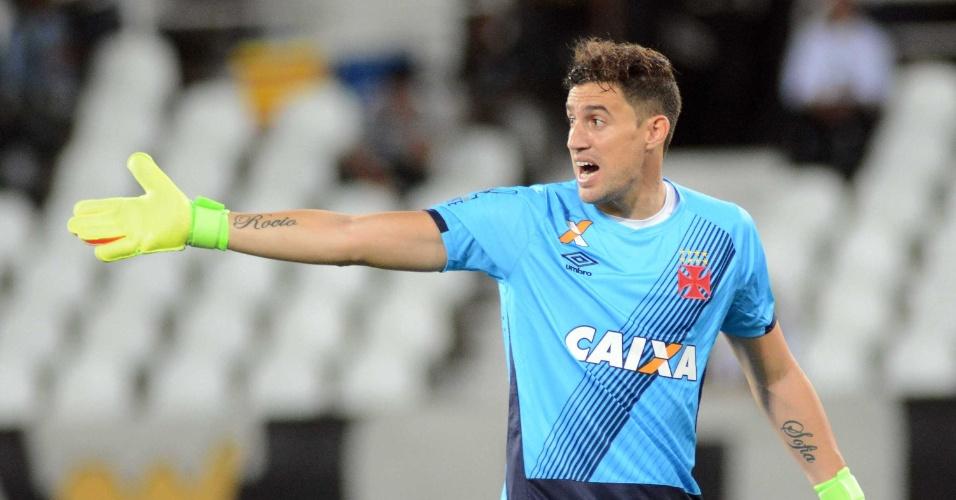 5f3f7683d6 Com Martín Silva de volta