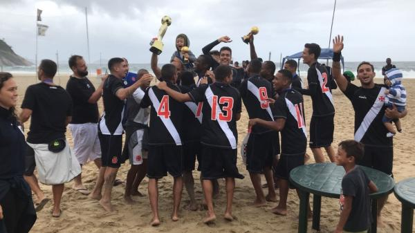 Vasco mantém a hegemonia do Beach Soccer