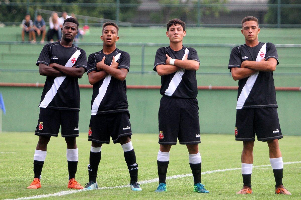 Juvenil  Vasco vence o Fluminense por 2 a 1 e assume a liderança da ... 685f79243deb1