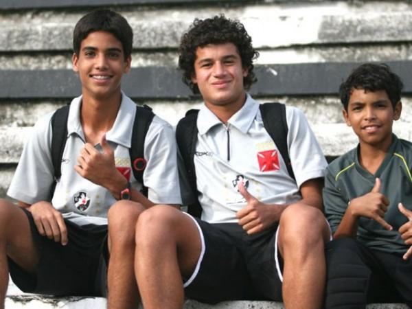 Cria do Vasco, Philippe Coutinho estudou no colégio do clube, que tem parceria com o GPI