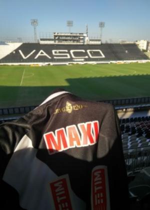 Vasco divulga camisa que Maxi López utilizará: a 11 de Romário