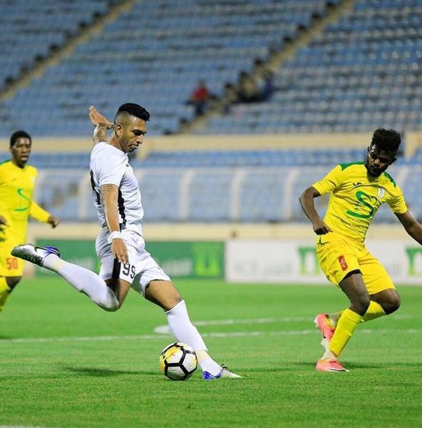 Willen estava no futebol da Arábia Saudita