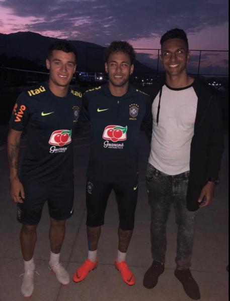 Willen atuou ao lado de Neymar e Coutinho; eles se reencontraram antes da Copa da Rússia