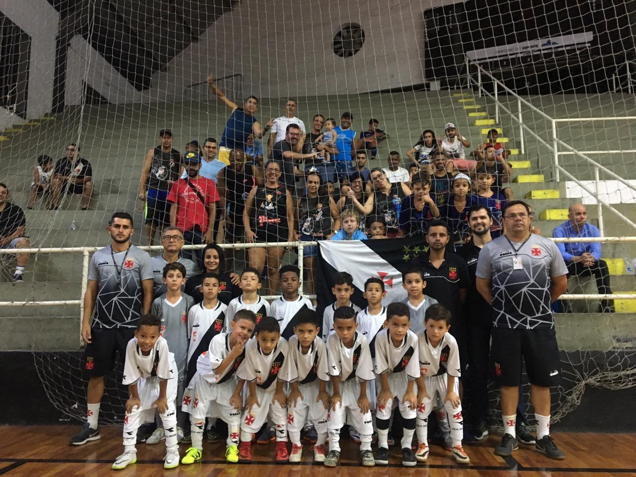 Futsal Base  Vasco vence o Piedade por 5 a 4 pelo Carioca Sub-07 ... 69cba8b25d1d4