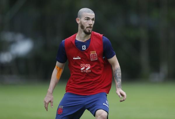 Luiz Gustavo, zagueiro lateral do Vasco