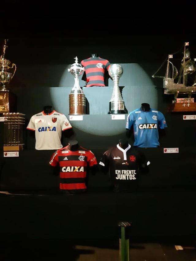 Camisa do Vasco no Centro de Memória do Flamengo