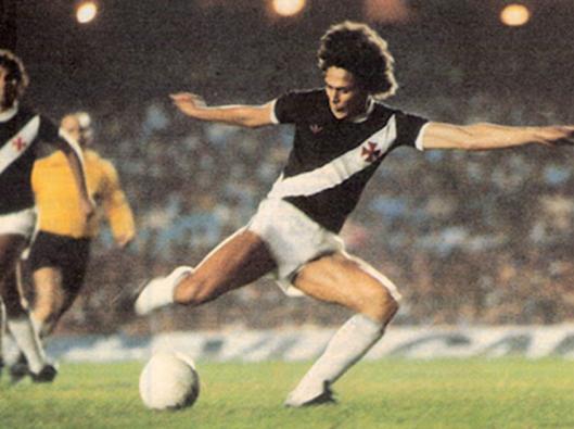 Roberto Dinamite contra o Corinthians