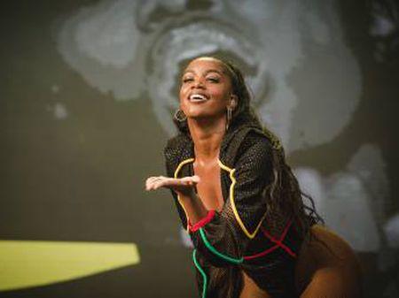 Além de tocar em grandes festivais, Iza estrelou o The Voice Brasil este ano