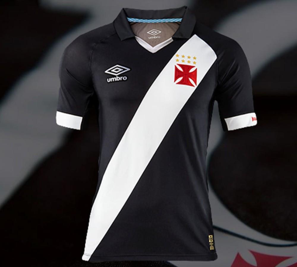 Camisa do Vasco lançada em 2015 entrou na lista da melhores da década