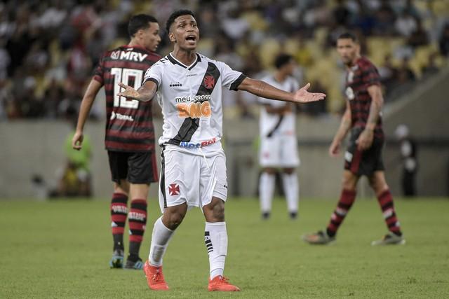 Juninho teve boa atuação no clássico entre Vasco e Flamengo pelo Carioca