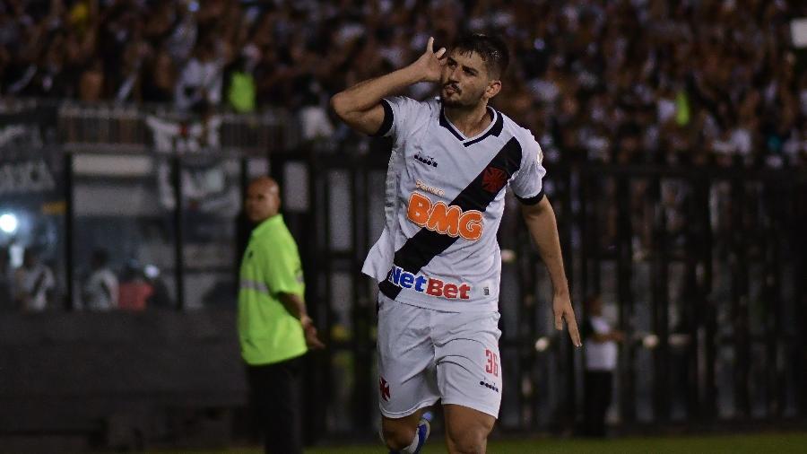 Ricardo Graça é o único titular com problemas de renovação no Vasco