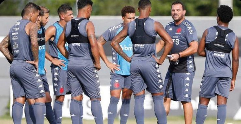 Vasco deve reformular elenco para a próxima temporada
