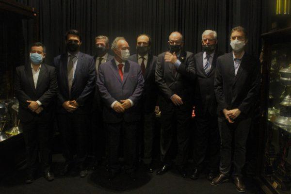 Renato Brito, Roberto Duque Estrada, Jorge Salgado, Luís Gaspar, Carlos Roberto Osório, Otto de Carvalho, Antônio Peralta e João Marcos Amorim