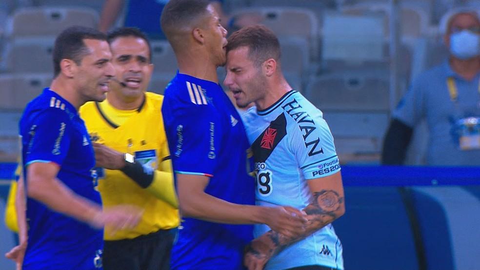 Paulo entra em atrito com Bruno Gomes