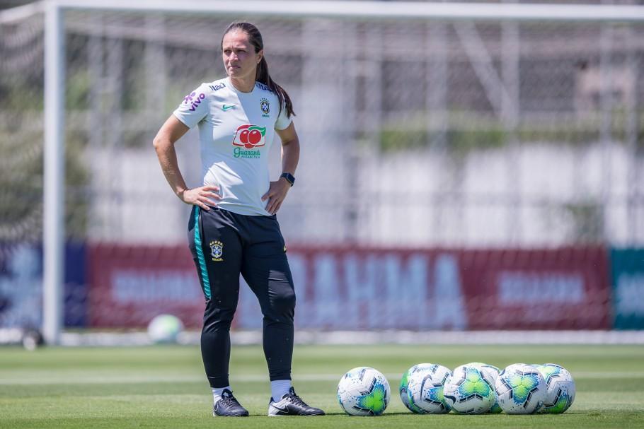 Simone Jatobá se prepara para mais um período de treinamentos em Pinheiral e na Granja Comary